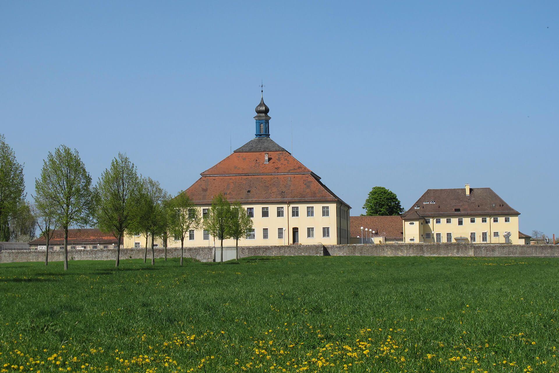 Aktuelle Aufnahme des Schloss Kislau in der Südansicht